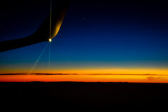 Λυκόφως από ένα αεροπλάνο Στοκ φωτογραφίες με δικαίωμα ελεύθερης χρήσης