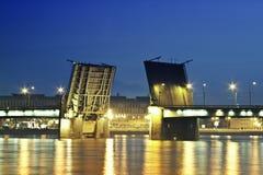λυκόφως γεφυρών Στοκ εικόνα με δικαίωμα ελεύθερης χρήσης