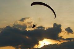 λυκόφως πτήσης στοκ φωτογραφία με δικαίωμα ελεύθερης χρήσης