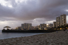 Λυκόφως σε Waikiki Στοκ Εικόνα