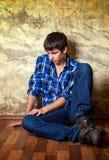 Λυπημένος νεαρός άνδρας στοκ φωτογραφίες με δικαίωμα ελεύθερης χρήσης