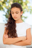 Λυπημένος το κορίτσι με τα μπλε μάτια Στοκ Φωτογραφία