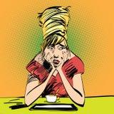 Λυπημένο κορίτσι με ένα φλιτζάνι του καφέ Στοκ εικόνες με δικαίωμα ελεύθερης χρήσης