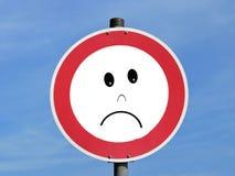 Λυπημένο σημάδι οδικής κυκλοφορίας Στοκ Φωτογραφία