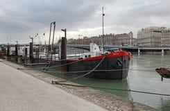Λυών, βάρκες στον ποταμό Ροδανός Στοκ φωτογραφία με δικαίωμα ελεύθερης χρήσης