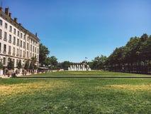 Λυών, Γαλλία στις 16 Ιουλίου 2017: Δημόσιο προαύλιο στη Λυών, Γαλλία Στοκ φωτογραφία με δικαίωμα ελεύθερης χρήσης