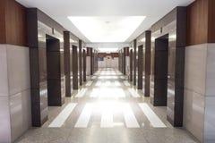 Λόμπι ανελκυστήρων στην προοπτική στοκ φωτογραφία με δικαίωμα ελεύθερης χρήσης
