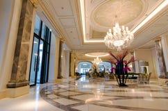 Λόμπι του ξενοδοχείου πολυτελείας Στοκ εικόνα με δικαίωμα ελεύθερης χρήσης