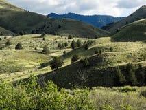 Λόφοι βουνών την άνοιξη στοκ φωτογραφία