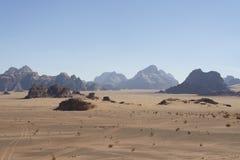 Λόφοι και η κενή έρημος στοκ εικόνα