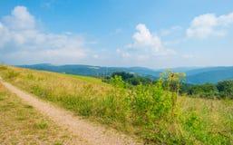 Λόφοι του εθνικού πάρκου Eifel στον ήλιο Στοκ εικόνα με δικαίωμα ελεύθερης χρήσης