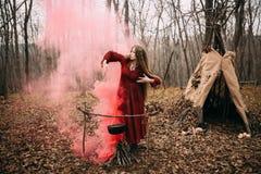 Μάγισσα στο δάσος Στοκ φωτογραφία με δικαίωμα ελεύθερης χρήσης