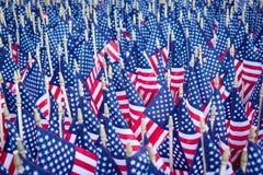 Μάζα των αμερικανικών σημαιών Στοκ Φωτογραφίες