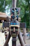 Μάσκα αργίλου ενός πολεμιστή της Maya με τις δερματοστιξίες Στοκ φωτογραφία με δικαίωμα ελεύθερης χρήσης