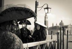 Μάσκα καρναβαλιού στη λιμνοθάλασσα στη Βενετία Ιταλία Στοκ εικόνες με δικαίωμα ελεύθερης χρήσης