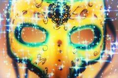 Μάσκα καρναβαλιού στο υπόβαθρο αστεριών στοκ φωτογραφία με δικαίωμα ελεύθερης χρήσης