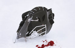 μάσκα πάγου χόκεϋ αίματος goalie Στοκ Φωτογραφίες