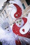 Μάσκα Carneval στη Βενετία - ενετικό κοστούμι Στοκ Εικόνες
