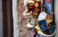 Μάσκες καρναβαλιού για την πώληση στη Βενετία Στοκ Εικόνες