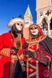 Μάσκες καρναβαλιού στο τετράγωνο σημαδιών του ST στη Βενετία, Ιταλία Στοκ Εικόνες