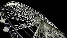 Μάτι της Βουδαπέστης - διάσημη ρόδα Ferris στη νύχτα απόθεμα βίντεο