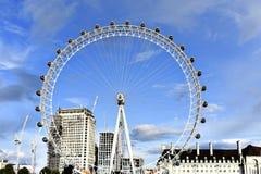Μάτι του Λονδίνου - γιγαντιαία ρόδα Ferris Στοκ φωτογραφία με δικαίωμα ελεύθερης χρήσης
