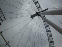 Μάτι του Λονδίνου από το έδαφος Στοκ Εικόνες