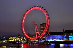 Μάτι του Λονδίνου στα φω'τα νύχτας | μακριά φωτογραφία αριθ. έκθεσης 3 Στοκ εικόνες με δικαίωμα ελεύθερης χρήσης