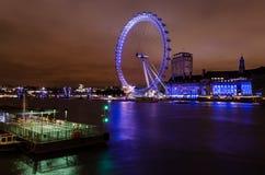 Μάτι του Λονδίνου τη νύχτα Στοκ φωτογραφία με δικαίωμα ελεύθερης χρήσης
