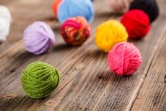 Μάλλινα κουβάρια χρώματος Στοκ Εικόνα