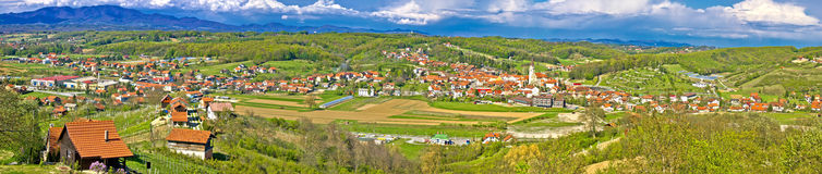 Μέγα πανόραμα λόφων Zagorje πράσινο Στοκ εικόνες με δικαίωμα ελεύθερης χρήσης