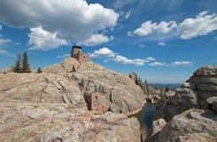Μέγιστος πύργος επιφυλακής πυρκαγιάς Harney στο κρατικό πάρκο Custer στους μαύρους λόφους της νότιας Ντακότας ΗΠΑ που χτίζεται απ στοκ εικόνα με δικαίωμα ελεύθερης χρήσης