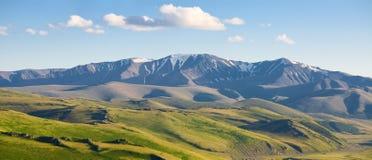 μέγιστος χιονώδης βουνών στοκ φωτογραφία