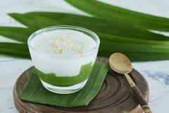 Μέγιστο Poon Bai Tuey Kati Sod ` ταϊλανδικό γλυκό ` Kanom στοκ εικόνα