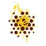 Μέλισσα, κηρήθρες και κίτρινος παφλασμός Στοκ φωτογραφία με δικαίωμα ελεύθερης χρήσης