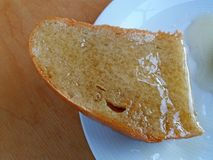 Μέλι με το ψωμί Στοκ φωτογραφία με δικαίωμα ελεύθερης χρήσης