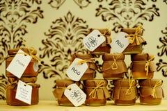 Μέλι στο βαρέλι στοκ εικόνα