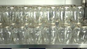 Μέρη των κενών διαφανών βάζων στις σειρές φιλμ μικρού μήκους
