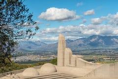 Μέρος του γλωσσικού μνημείου αφρικανολλανδικής με Paarl ορατό στοκ εικόνες