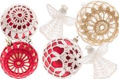 Μέρος των σφαιρών Χριστουγέννων στο άσπρο υπόβαθρο Στοκ εικόνες με δικαίωμα ελεύθερης χρήσης