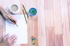 Μέρος των χεριών που σύρουν με το μολύβι Στοκ Εικόνες