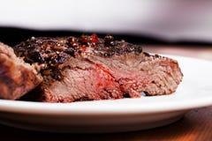 Μέσα κρέας και καρυκεύματα Στοκ Εικόνες