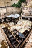 Μέσα σε έναν λειτουργώντας φλοιό στο παλαιό Fez στοκ φωτογραφίες