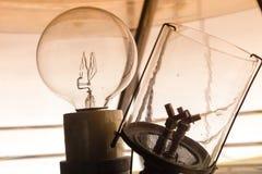 Μέσα σε έναν φάρο που παρουσιάζει εσωτερικό λαμπών φωτός Στοκ Φωτογραφίες