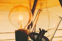 Μέσα σε έναν φάρο που παρουσιάζει εσωτερικό λαμπών φωτός Στοκ Εικόνες