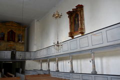 Μέσα στη μεσαιωνική ενισχυμένη εκκλησία σε Ungra, Τρανσυλβανία Στοκ Εικόνες
