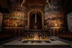 Μέσα στον καθεδρικό ναό της Άλβης Στοκ Εικόνες