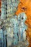 Μέσα στο καρστ σπηλιών Ispingoli στη Σαρδηνία Στοκ εικόνες με δικαίωμα ελεύθερης χρήσης