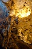 Μέσα στο καρστ σπηλιών Ispingoli στη Σαρδηνία Στοκ εικόνα με δικαίωμα ελεύθερης χρήσης