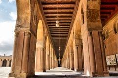 Μέσα στο μουσουλμανικό τέμενος Ibn Tulun Στοκ Εικόνα